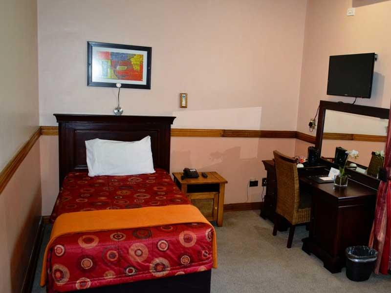 Room---Single